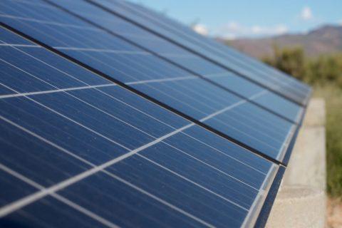 Des panneaux photovoltaïques sur la salle De Guerdavid