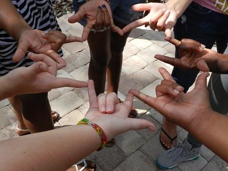 Nouveau : un atelier langue des signes à la MJC